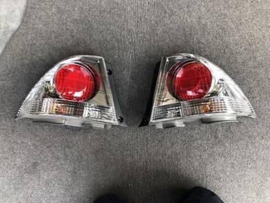 Lampu belakang Tail lamp Toyota Altezza SXE10 Jpn