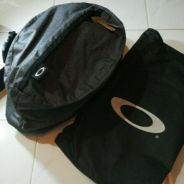 Oakley crossbody slingbag