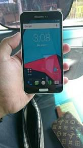 Samsung Galaxy J 3gb Ram 32gb memory