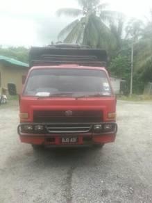 Lori / Lorry Daihatsu 3 Tan Tipper