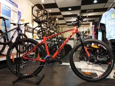 New Premium Giant ATX Mountain Bike 2018