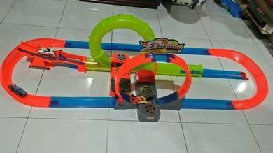 Tesco Phat Wheels track set