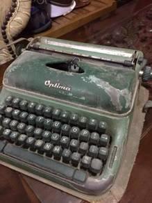 Mesin typewriter Optima antik
