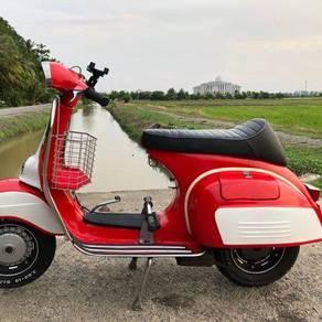 1970Vespa Super 150