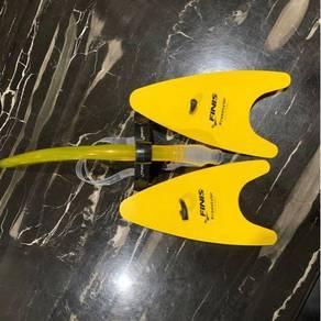 Finis snorkel & hand paddles