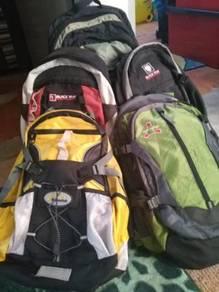 Bag hiking saiz kecil