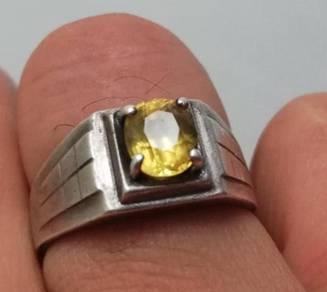 Batu permata berlian cincin yellow sapphire stone