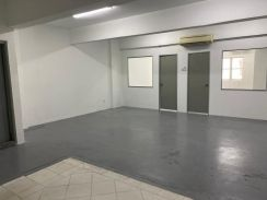 Diamond Square {1st Floor Office} 2 Partition & 3 Aircon  900sf