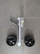 Kids bicycle supporting wheels