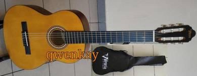 Classical Guitar Valencia VC201 Size 1/4
