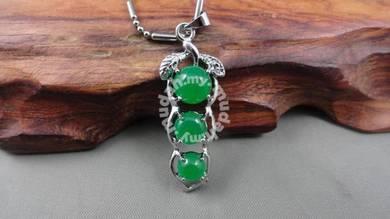ABPJ-B011 Green Jade Beans Silver Pendant Necklace