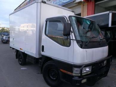 Mitsubishi Fuso Canter fibre Box Van 2009