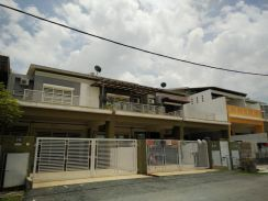 Seri PajamPerdana College Heights 20x70 Double Storey Good Conditions