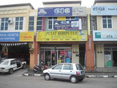 Kedai Tingkat Atas di Bandar Darulaman Jitra