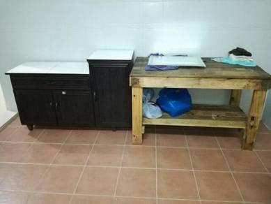 Meja Dapur dua biji