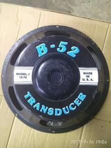 B52 woffer 12