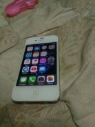 Iphone 4s white. 16gb