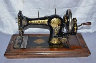 Jones england mechanical hand-crank sewing machine