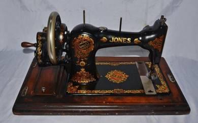 Jones england mechanical handcrank sewing machine