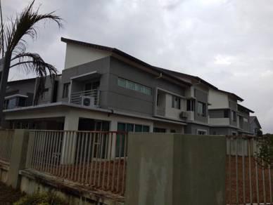 2 sty Bungalow villa Avenue seri kembangan Equine Park CORNER unit