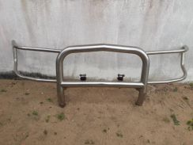 Bar depan pajero