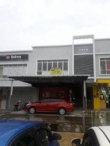 Pusat Komersial Universiti Seremban 3 / Nilai