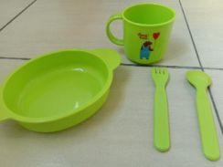 Kid's feeding set