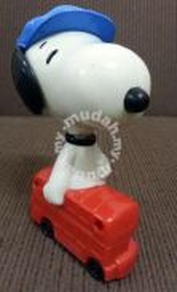 McDonald's Snoopy Plastic Toy