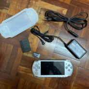 Psp 3000 silver 22 games full set