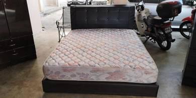 Queen Size Divan Bed Frame & Mattress BF 732