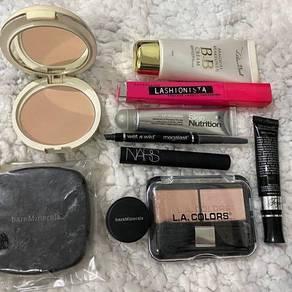 Branded makeup bundle