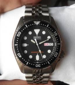 Seiko Automatic Boysize 200m Diver SKX013K2 SKX013