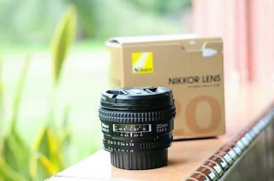 Nikon20 mm f2.8D
