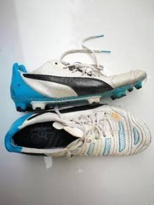 Puma football boots wide feet 7uk