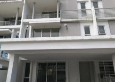 2.5 storey house sunway alam suria u10, shah alam [below bank value]