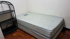 Bed mattres and box spring