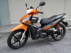 2014 Honda Future 125cc with 2 disc and helmet in
