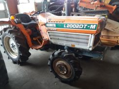 Reconditioned Kubota L2002DT Farm Tractor Japan