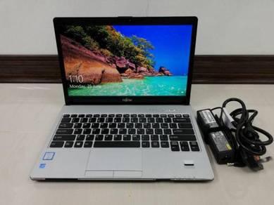 Laptop Fujitsu S937