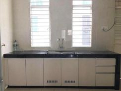 (Kitchen Cabinet) 2 Storey House, Bangi Avenue, Good Condition