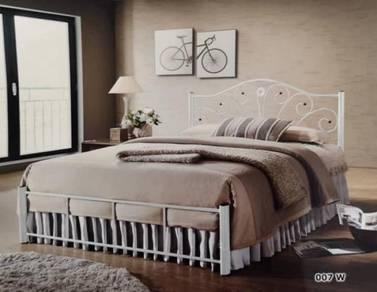 Katil putih