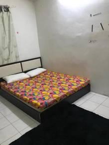 Room for rent at desa palma