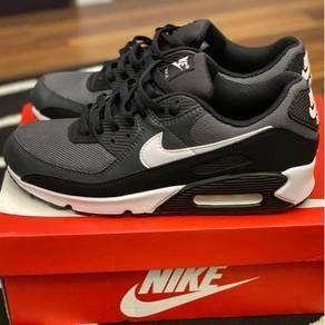 Nike Air Max 90 Size 8.5UK