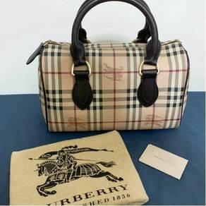 Burberry Boston Bag