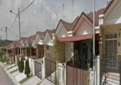 Kulai bandar putra jalan rajawali single storey-full loan