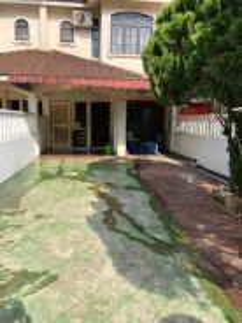 Bukit Indah / Double Storey / 4R3B / Full Furnished