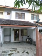 Double storey house in seri alam