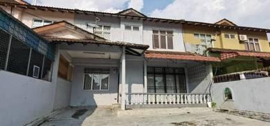 The Most Cheap Price 2 Storey Rent In Bukit Kempas