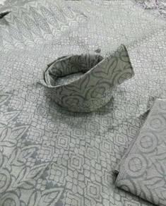Set tengkolok pengantin kelabu sulam silver