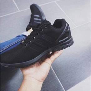 ZX Flux All Black